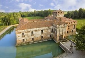 foto castello padernello