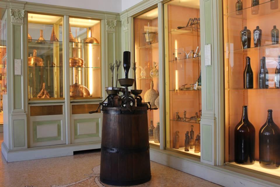 Museo del vino e del cavatappi mazzano scopri brescia for Scuola di moda brescia